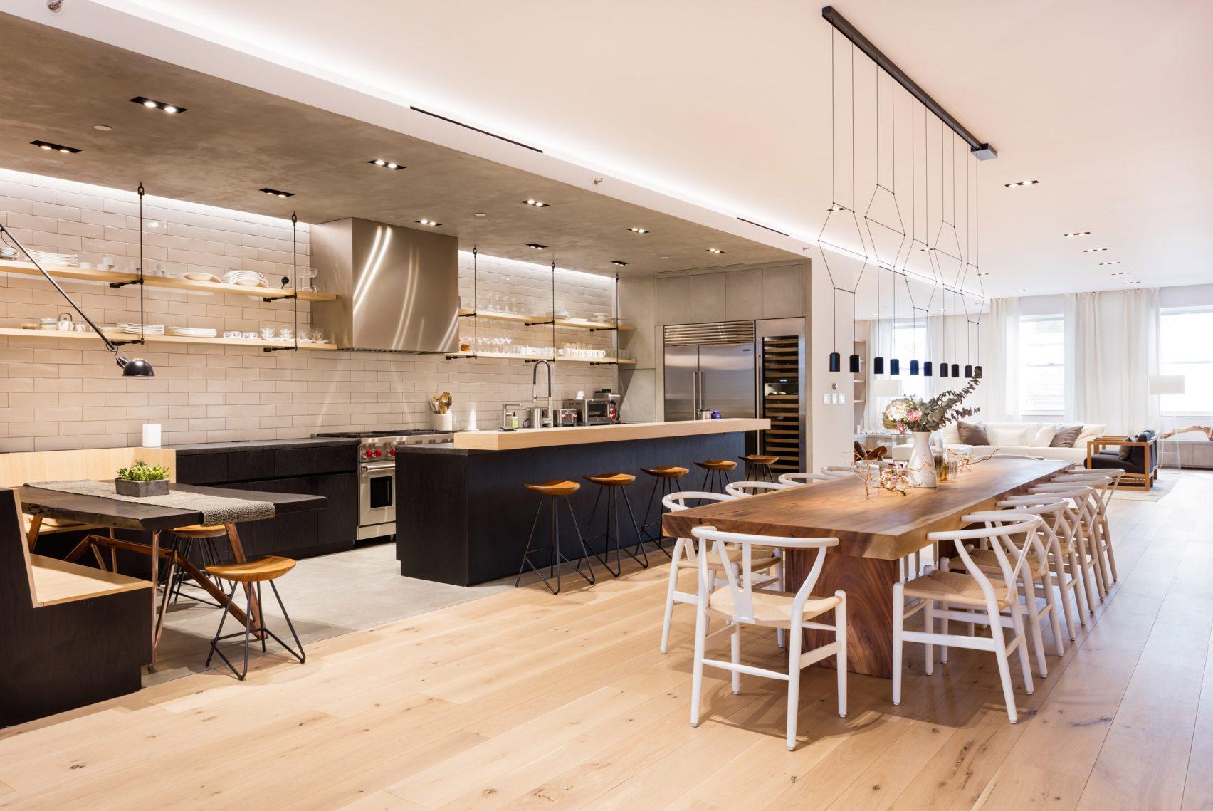 El lujoso apartamento de Raad Studio a partir de dos lofts